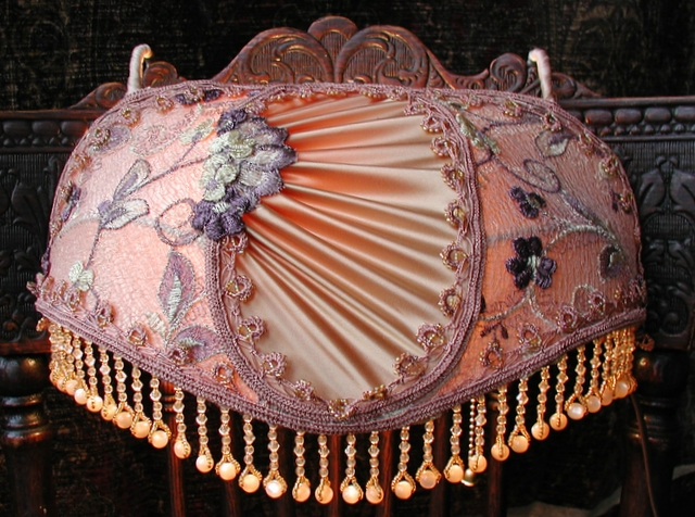 """The image """"http://vintageshades.com/canopy%20bed%20lamp%20gold.JPG"""" cannot be displayed, because it contains errors."""